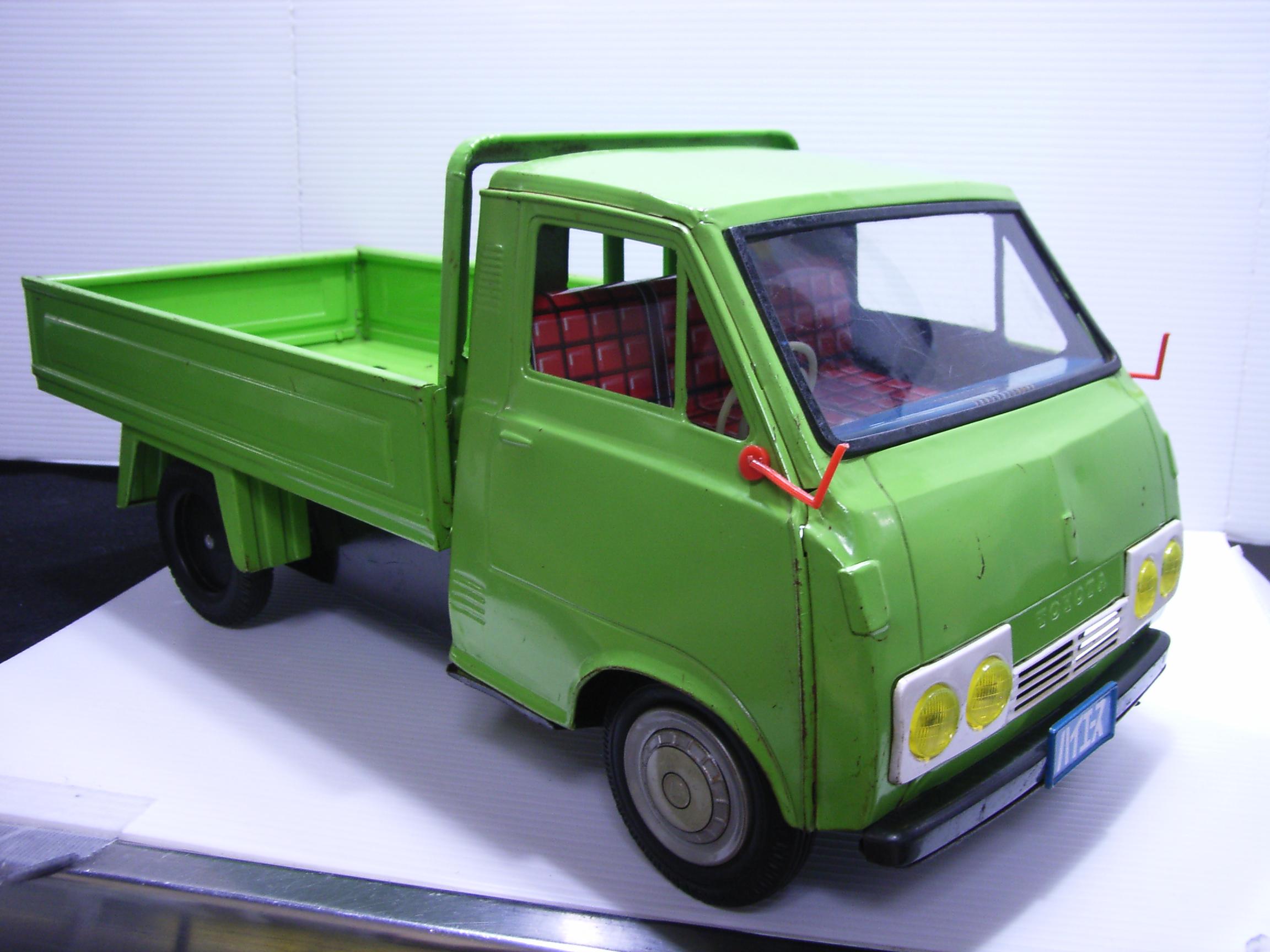 野村トーイ トヨタ ハイエース トラック ブリキ 特大 47.5cm 当時物 JAPAN 現状 【TO3244】