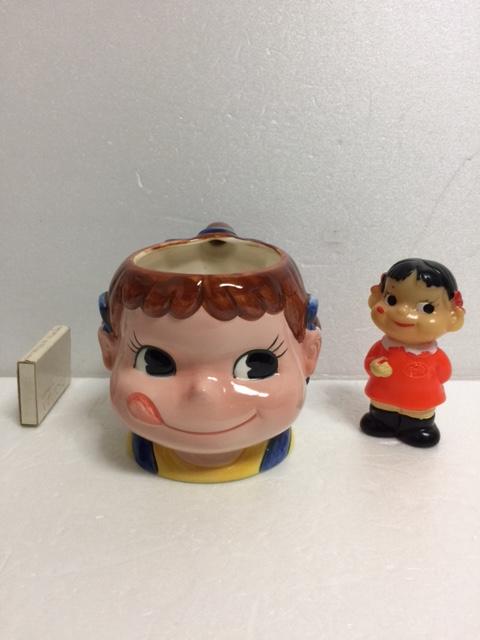 不二家 ペコちゃん 陶器製 マグカップ 10.0cm 220g 当時物 企業物 非売品 現状 【TO4128】