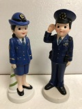 警察官・婦人警官☆陶器製 人形 18.6cm210g 当時物 企業物 非売品 現状 【AT630】