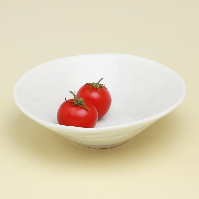 青白磁線彫 丸鉢