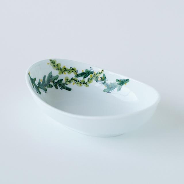 波佐見焼 和食器 うつわ 器 うつわ好き  陶房青 フローラル floral 楕円鉢 ボウル 鉢 小鉢