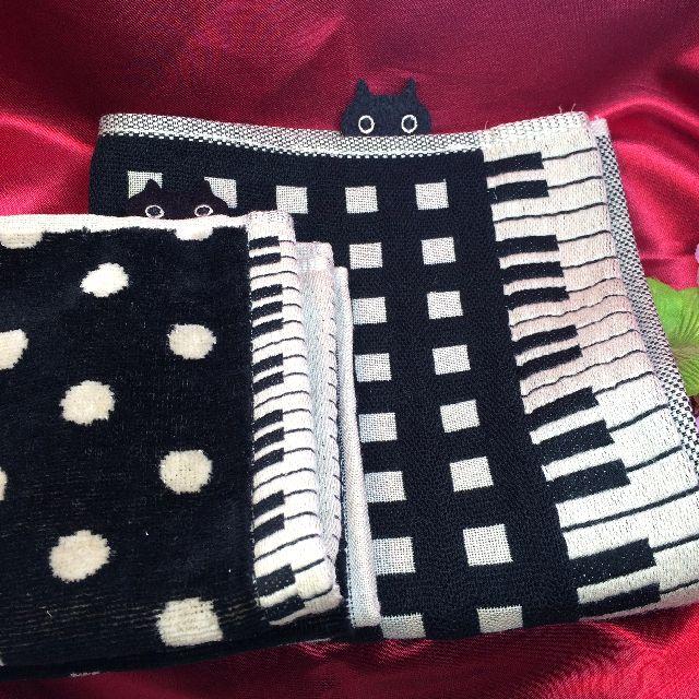 マタノアツコの鍵盤タオルハンカチとガーゼハンカチの画像
