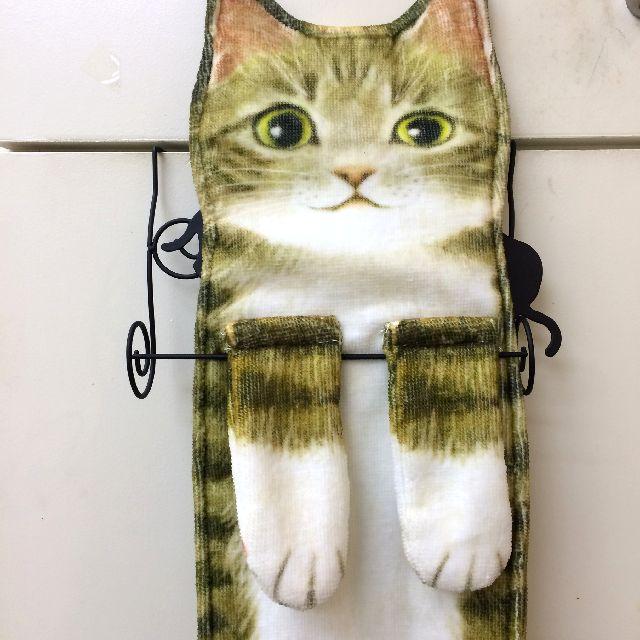 フェリシモの長いタオルをタオル掛けに掛けた画像