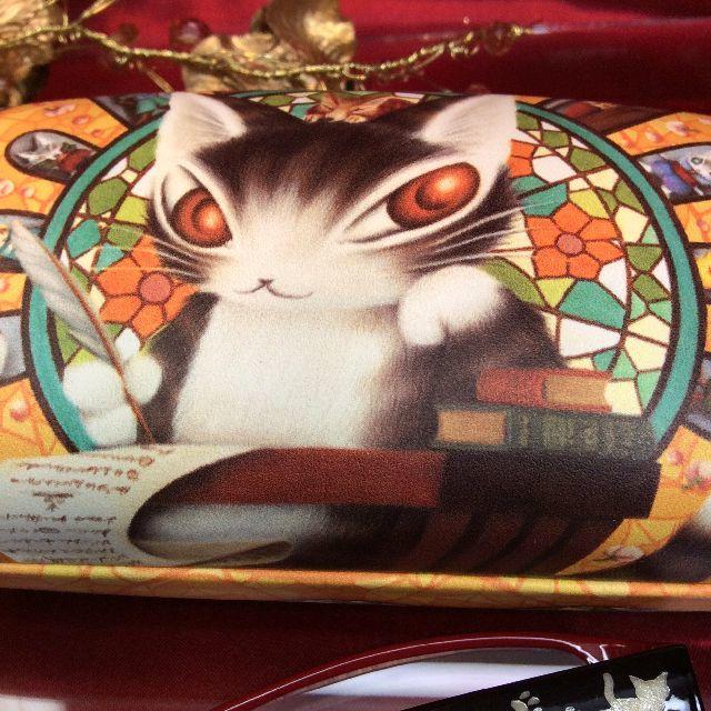 猫のダヤンのハードタイプメガネケースのクローズアップ画像