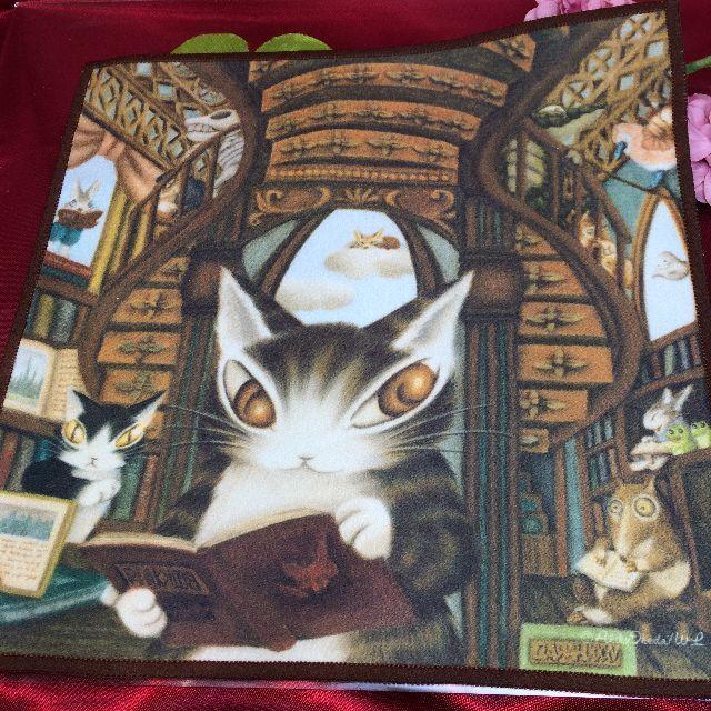 ダヤンのメガネ拭き「理想の図書館」の全体画像