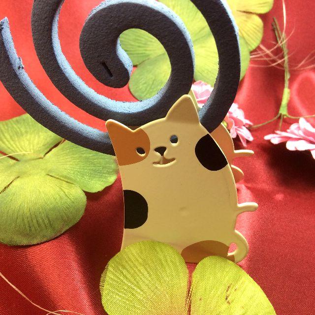 デコレ猫の蚊取り線香ホルダーの全体画像