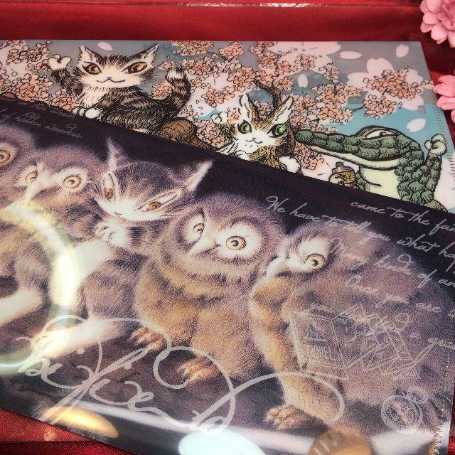 ダヤンの抗菌マスクケース「ふくろう裁判」柄と「桜」柄の画像
