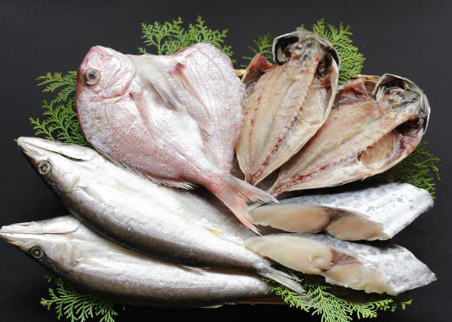 【特別価格!】 母の日お勧め!季節の魚詰合せ/桜鯛/真あじ/かます/さわら