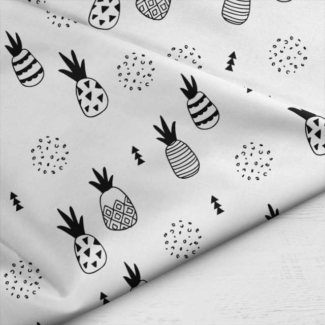 Little_Smilemakers_Geometric_Pineapple_BW