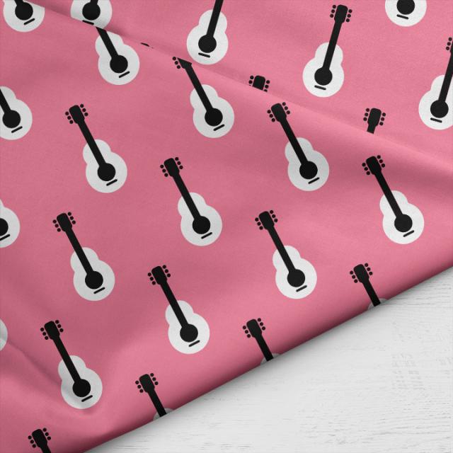 Little_Smilemakers_Studio_Guitar_pink