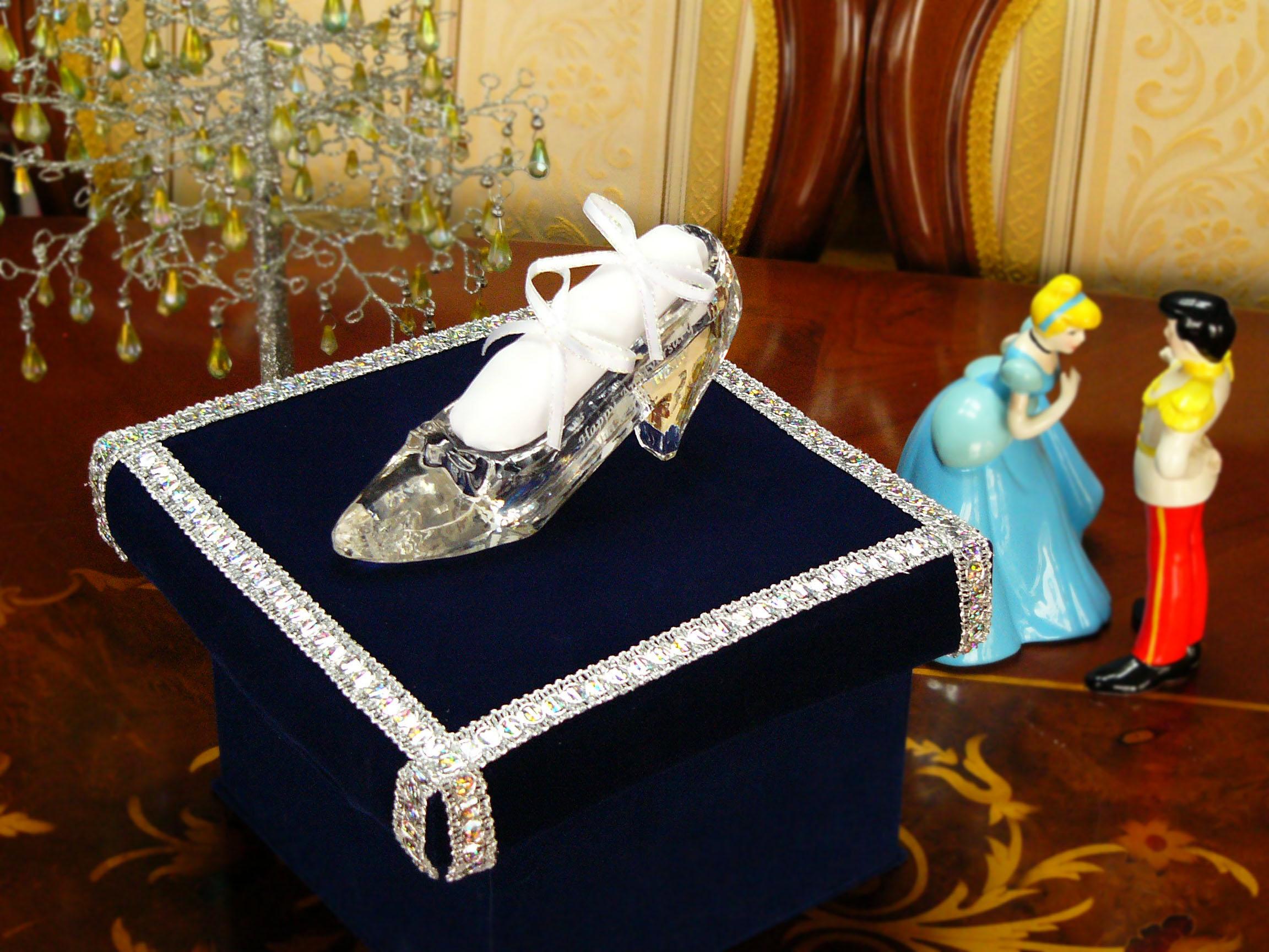 ガラスの靴 オプション リングピロー&シャイニー台座セット