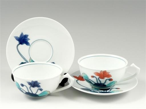 色鍋島シクラメン ペア紅茶カップ&ソーサー