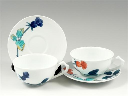 色鍋島バラ紋 ペア紅茶カップ&ソーサー