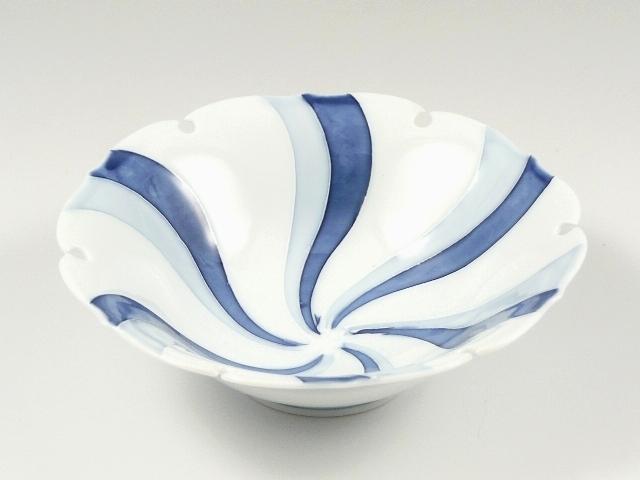 一珍流水雪輪型 浅小鉢