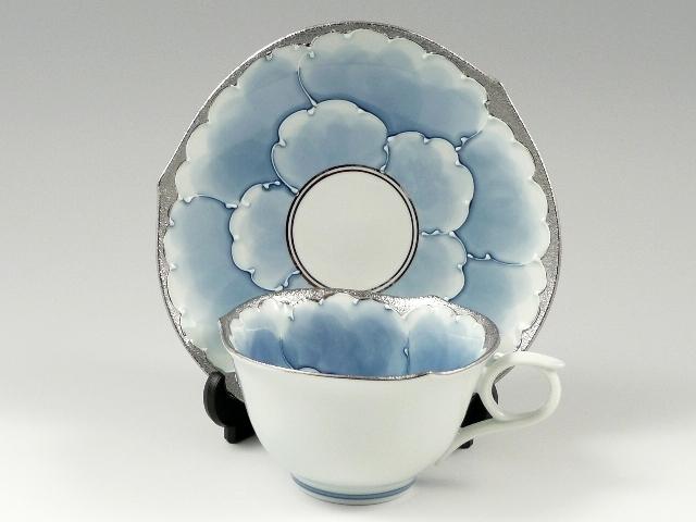 プラチナ牡丹輪花浅型 コーヒーカップ&ソーサー