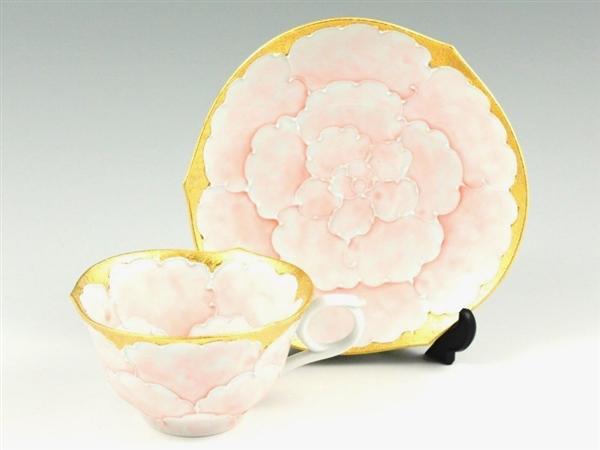 内外金ピンク牡丹輪花浅型 コーヒーカップ&ソーサー