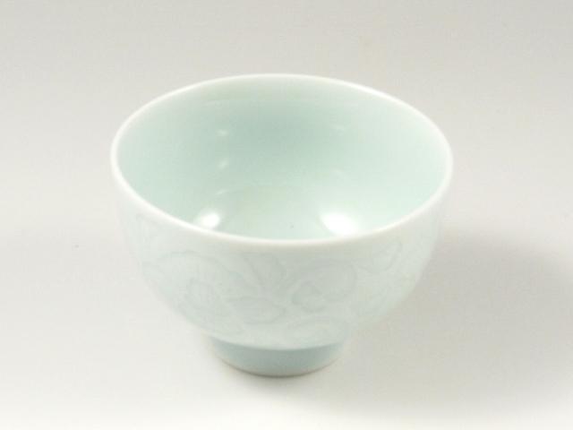 青白磁牡丹彫 高台千茶