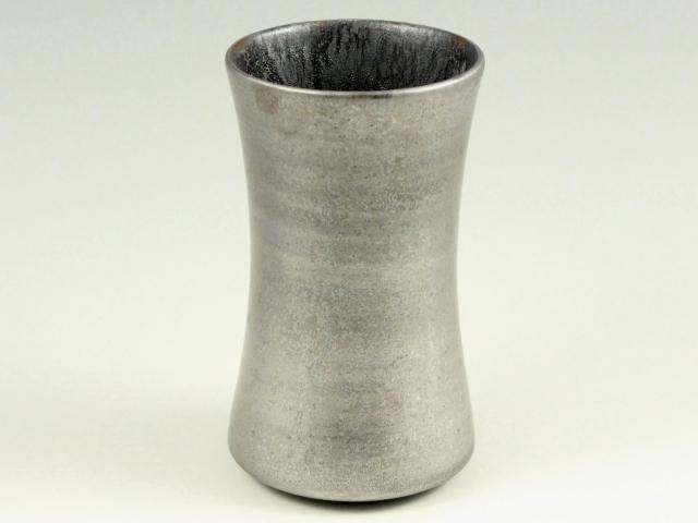黒柚子内晶外銀塗り 杵型ビアカップ