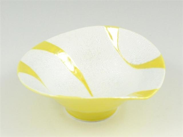 黄釉流水ラスター 朝顔型中付