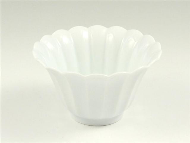 白磁菊型 小鉢