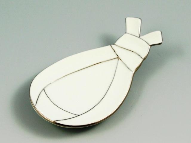 白磁プラチナ線袋型結び 小皿