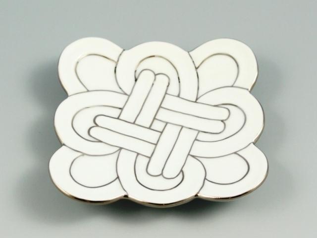 白磁プラチナ線吉祥結び 小皿