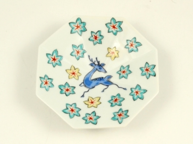 色絵鹿にモミジ文 八角型手塩皿