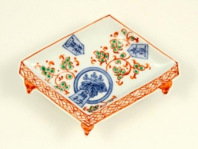 染錦香桂角桐紋 盤型手塩皿