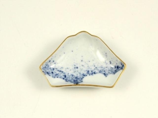 吹墨 富士山型手塩皿