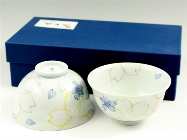染付色絵桜 組茶碗