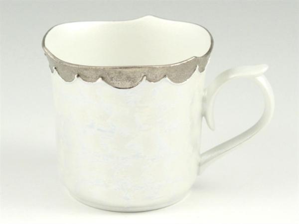 プラチナ松葉吹ラスターシルバー輪花型 マグカップ