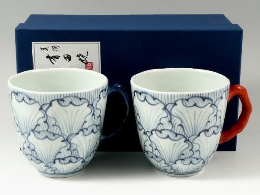花弁紋 ペアマグカップ