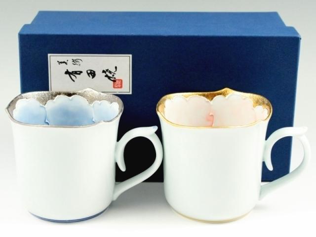 プラチナ牡丹・金ピンク牡丹輪花型 ペアマグカップ