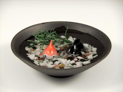 金魚2・黒陶鉢(小)セット(小石付)