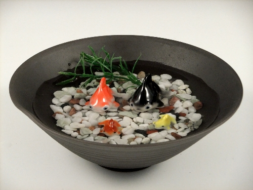 金魚2・ミニ金魚2・黒陶鉢(大)セット(小石付)