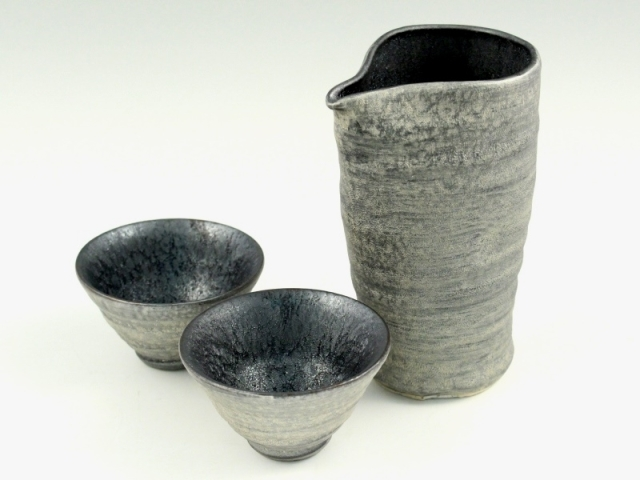 晶雲母銀 半酒器セット(徳利1 グイ呑2)