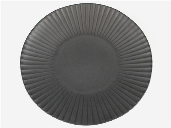 黒マット しのぎ特大皿【9寸皿 26cmプレート】