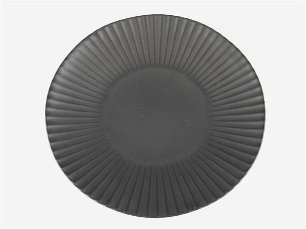黒マットしのぎ大皿【7寸皿 21cmプレート】