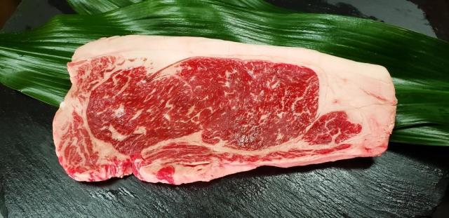 草地和牛 [褐色和種] ステーキ <サーロイン> 1枚入り
