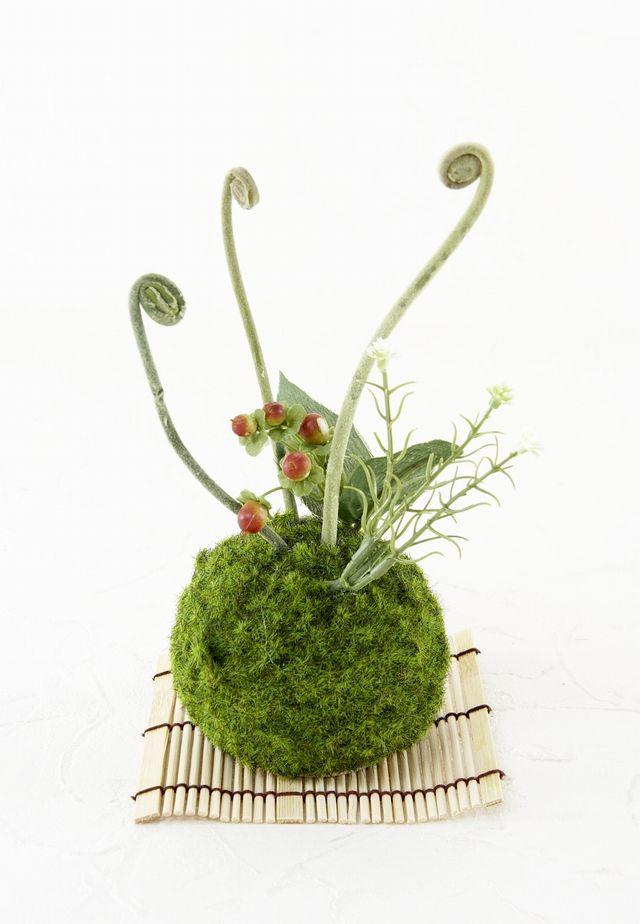 【造花 観葉植物 インテリアグリーン】苔玉 和風アレンジ4(下皿付き)
