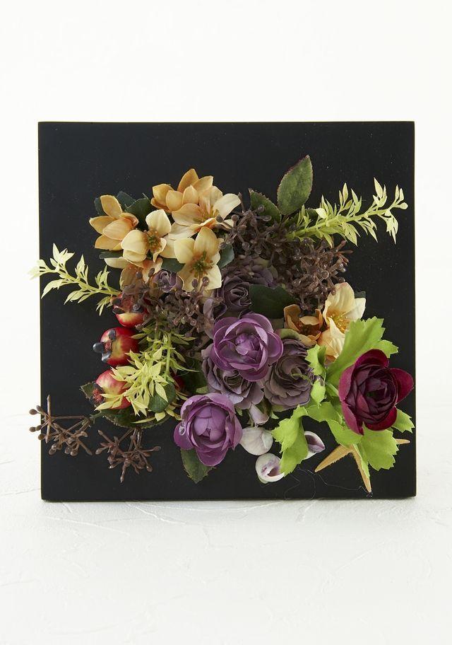 【造花カゴアレンジメント】ミニバラと小花のバスケット
