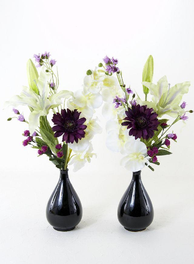 【造花の仏花・供花】ガーベラとユリと胡蝶蘭のモダン供花(左右1対セット)