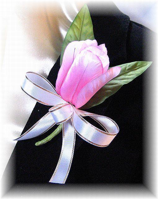 ピュア・チューリップのコサージュ(ピンク)