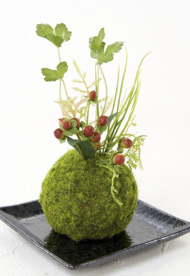 【造花 観葉植物 インテリアグリーン】こけ玉 和アレンジS(下皿付き)