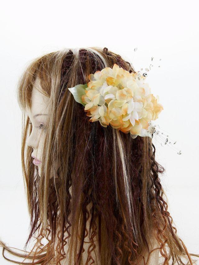 【特価SALE 髪飾り・ヘアアクセサリー】紫陽花-クリームオレンジ・バレッタ