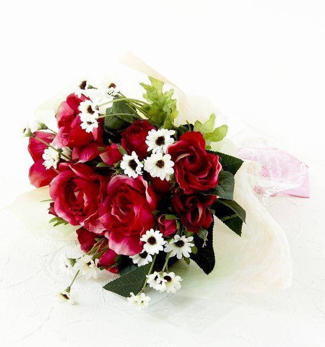 【造花・アーティフィシャルフラワー・フェイクブーケ】ミニローズとホワイトデイジーの造花花束