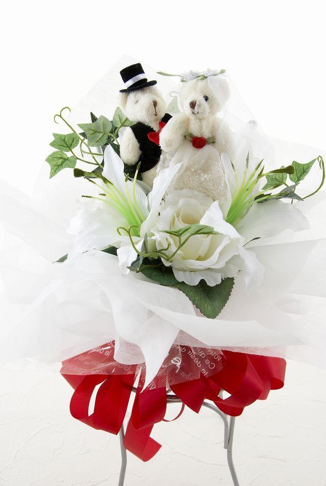 【造花花束&トスブーケ/2wayタイプ】ウェディングベアーLサイズ/リリー&ローズ・ホワイト