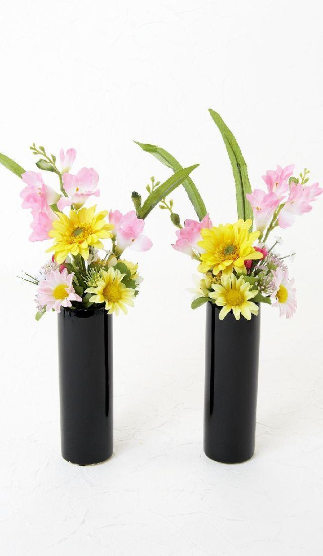 【造花 供花】鈴蘭&ひな菊&ガーベラのミニ仏花セット(左右1対)