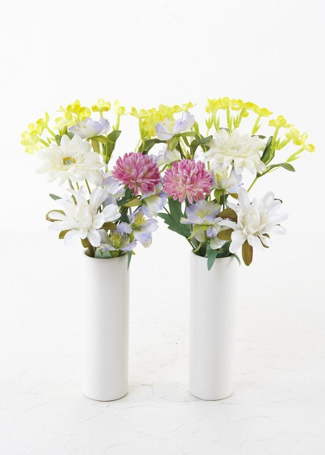 【お墓・仏壇用の造花 供花】ガーベラとミニマムのミニ仏花セット(左右1対)