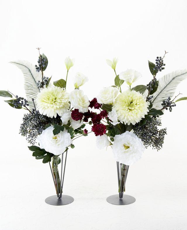 【造花の仏花・供花】トルコキキョウとマムのシンプルモダン供花(左右1対セット)